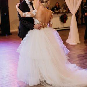Ivory Hayley Paige Pippa Wedding Dress Size 8